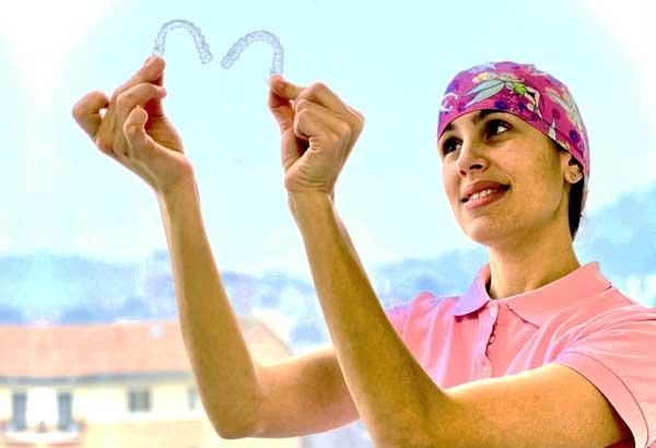 Vantaggi dell'ortodonzia invisibile - Dr. Sergio Fiammenghi Odontoiatra